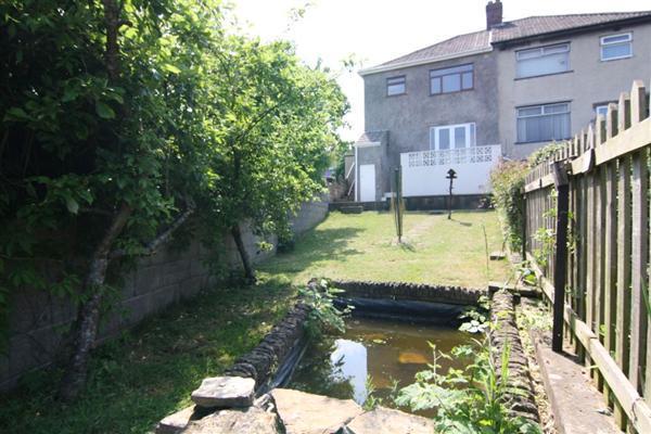 garden-from-pond-2010