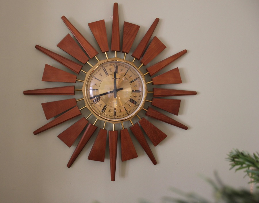 sunburst-clock-before