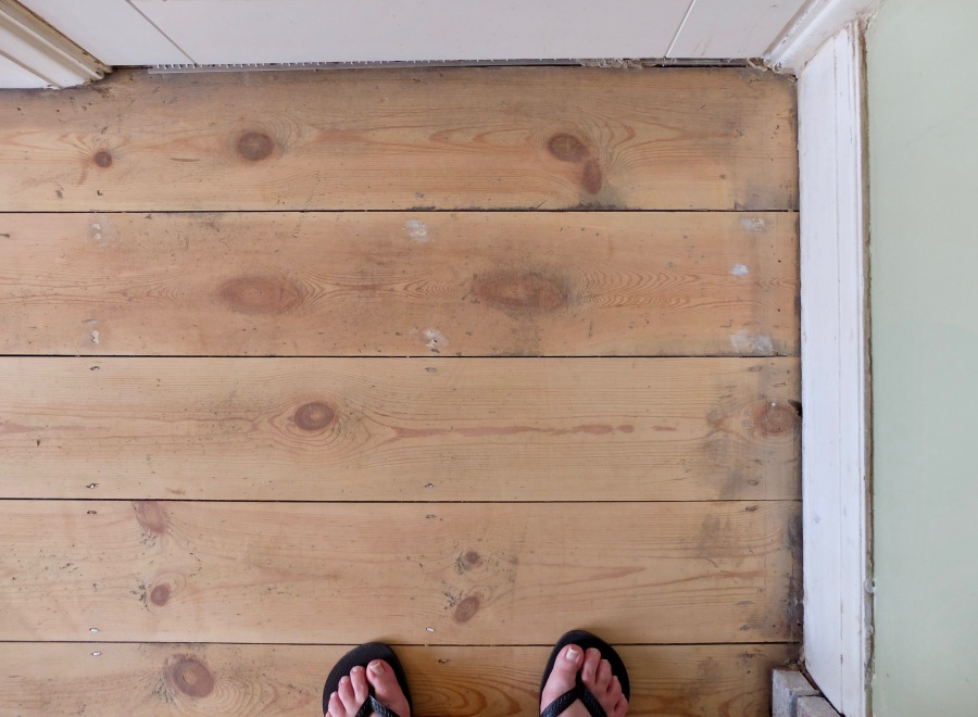 sanding-floorboards-13