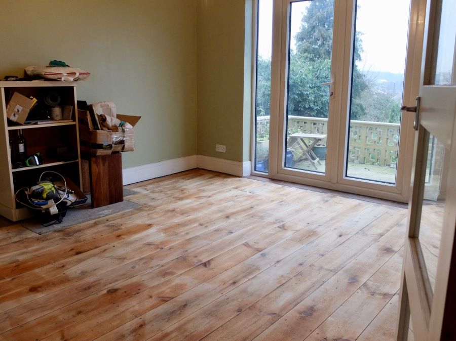 sanding-floorboards-18