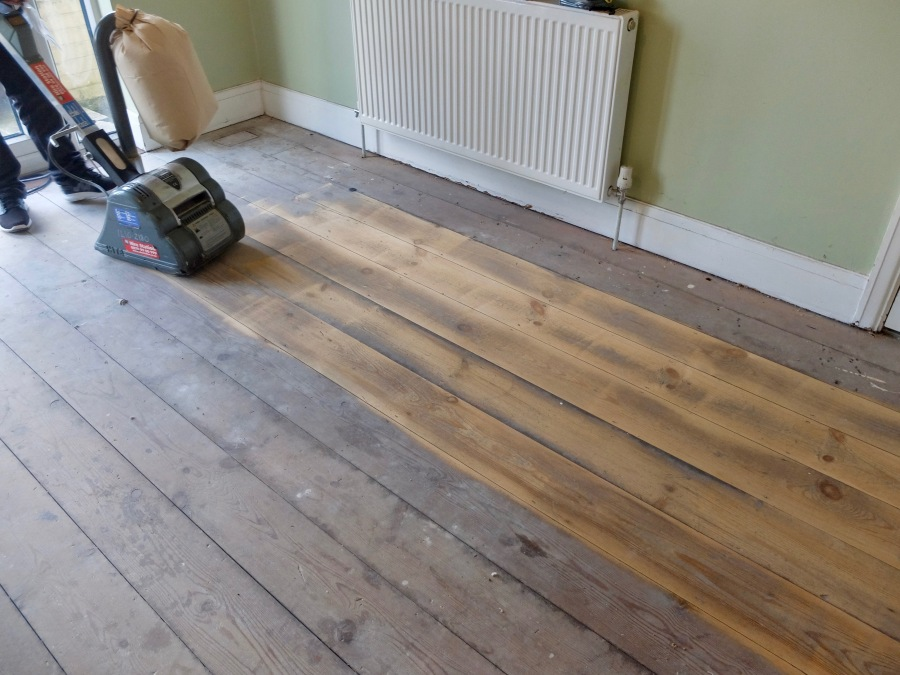 sanding-floorboards-7